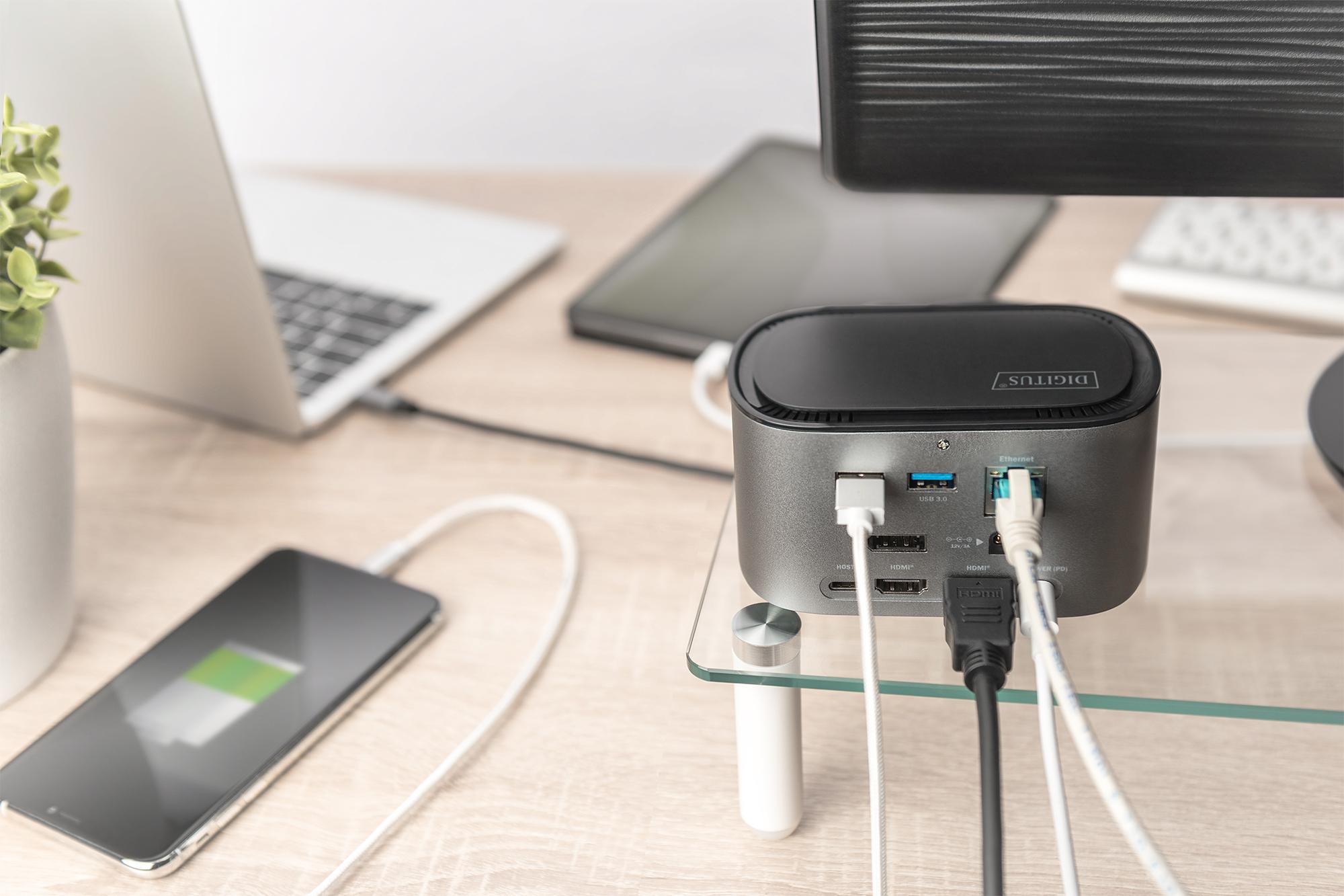 11-Port USB-C™ Docking Station mit SSD-Gehäuse (M.2)